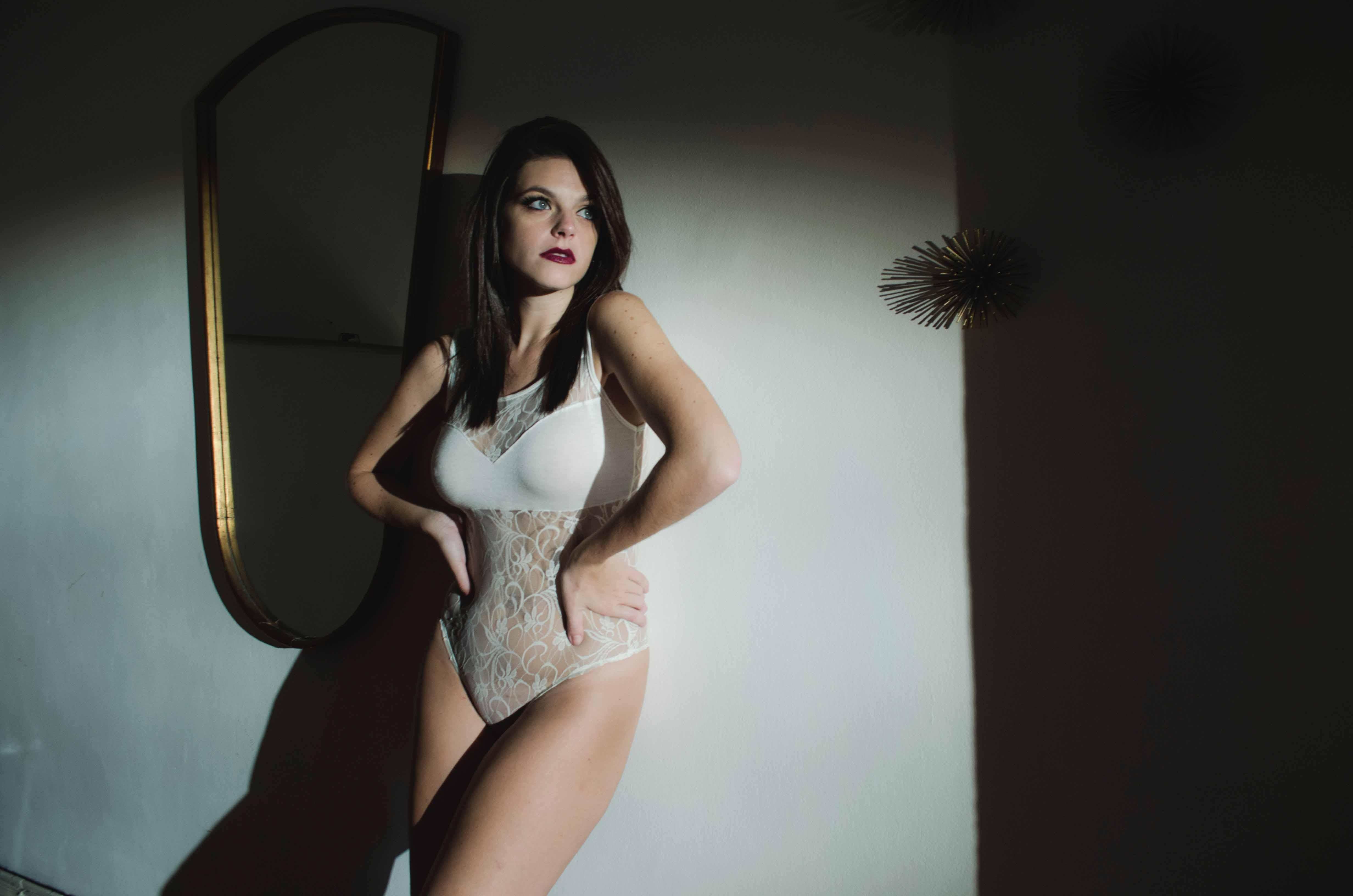 Hackney Escorts sexy body girl