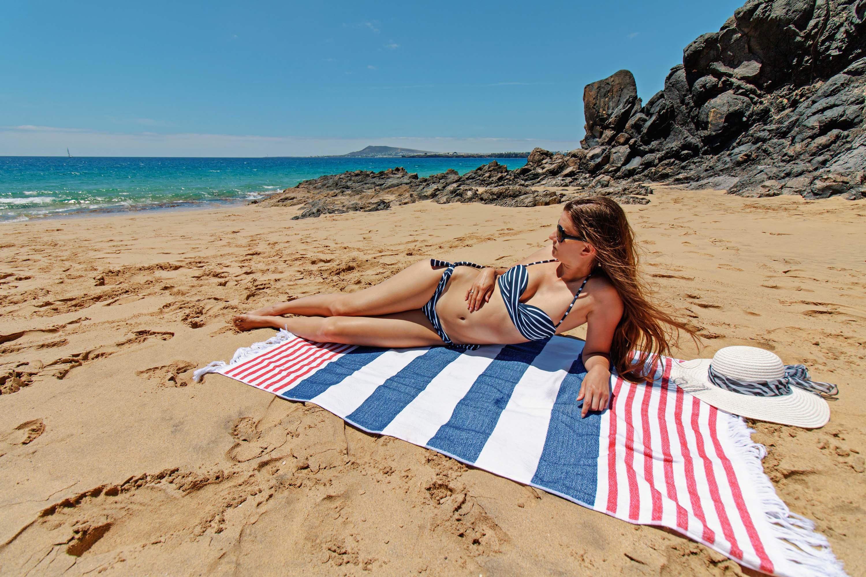 Walthamstow Escorts sexy bikini female
