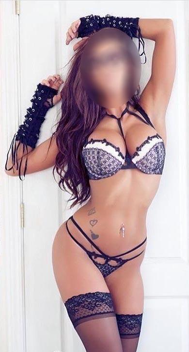 Hot Lady - Zita