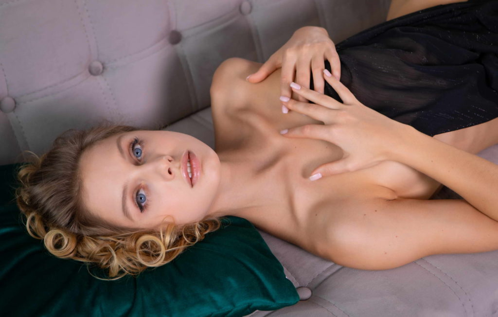 Threesome with cheap escorts in London